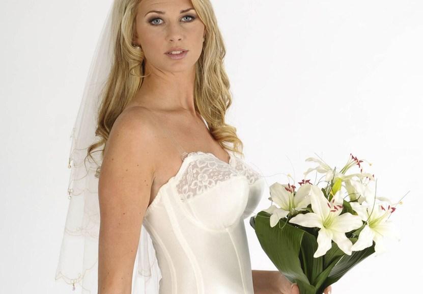 сексуальное фото невест полез рукой